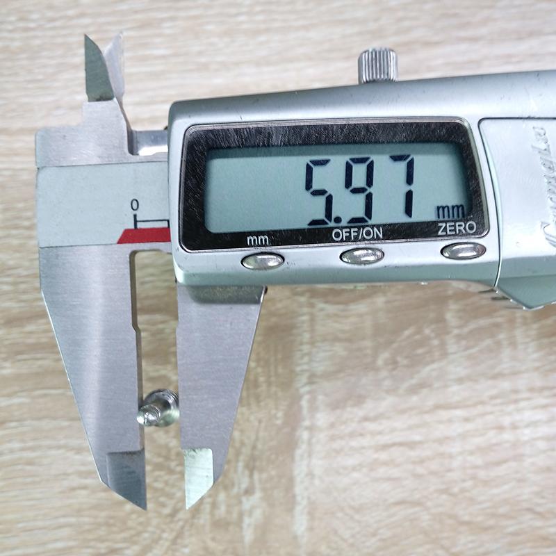不锈钢拉钉测量